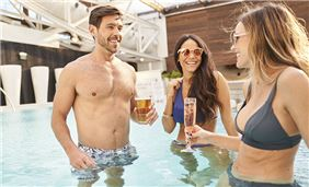 Enjoy with friends at Soundwaves at Gaylord Opryland