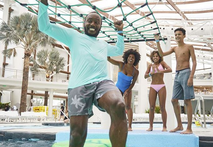 experience-family-package-in-soundwaves-at-gaylord-opryland-nashville