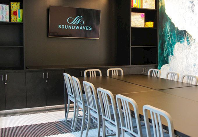 party room at SoundWaves in Nashville, RN